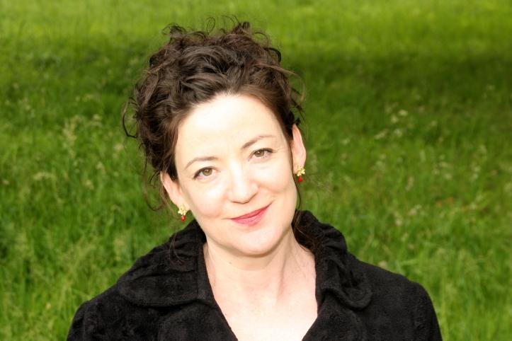 Monica McInerney photo by Ashley Miller (landscape)